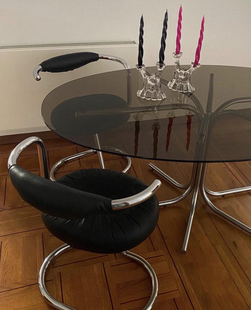 Cobra chairs Giotto Stoppino 70s interior design